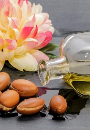 10 motive să incluzi uleiul de argan în ritualul tău de beauty
