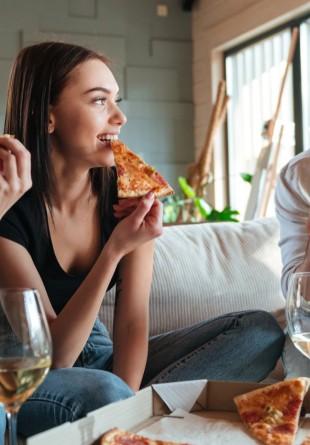 Cine a inventat pizza?