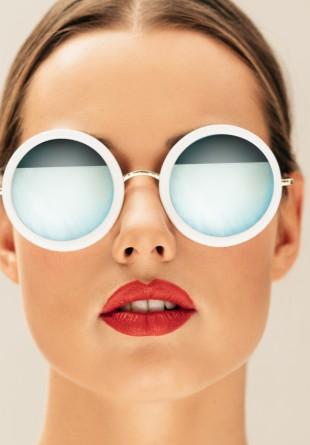 Toamna mai purtăm ochelari de soare? Desigur!